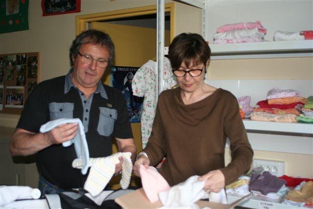Des tricots pour les bébés du cœur